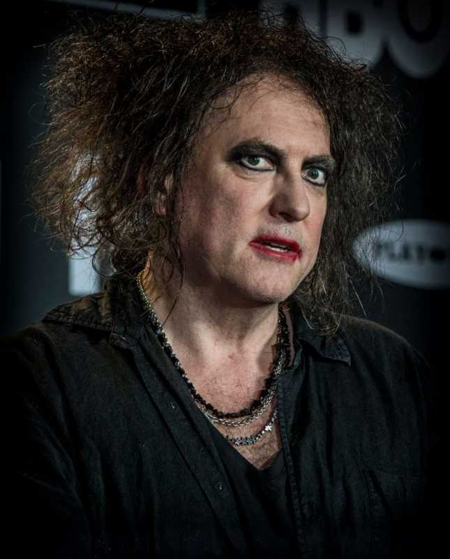 "Robert Smith ""Live from the moon"""