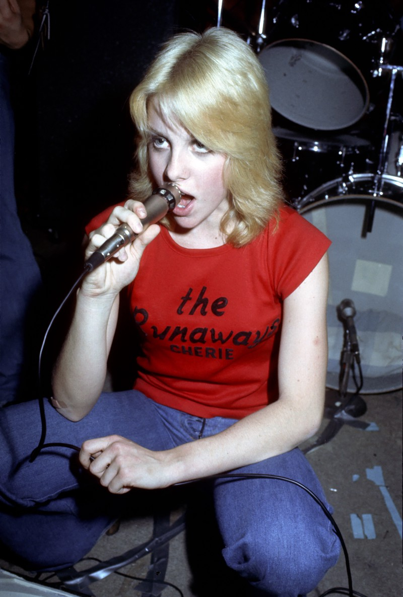 Cherie Currie, Cherry Bomb